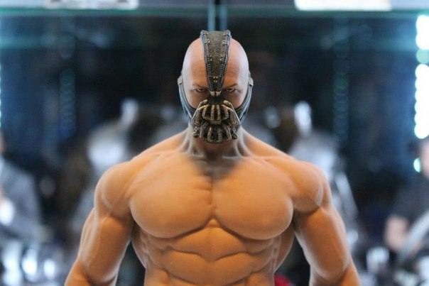 TBLeague M35 body + Hottoys BANE
